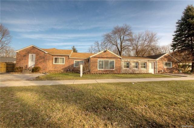21620 Middlebelt Road, Farmington Hills, MI 48336 (#218090973) :: The Buckley Jolley Real Estate Team