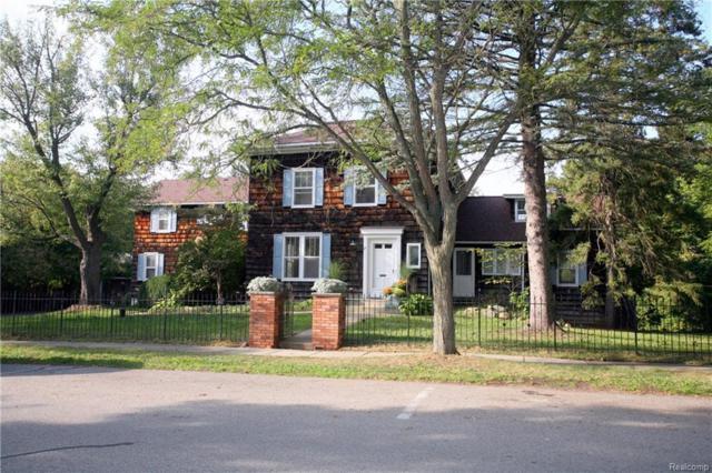 21 E Washington Street, City Of The Vlg Of Clarkston, MI 48346 (#218090994) :: Keller Williams West Bloomfield
