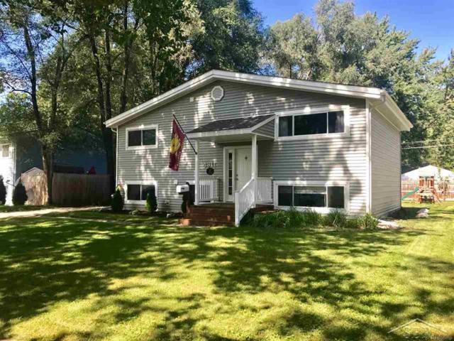 4311 Quincy Dr., Midland, MI 48642 (#61031360392) :: Duneske Real Estate Advisors