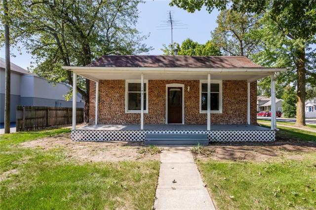 145 Pearl Street, Pinckney Vlg, MI 48169 (#218091698) :: The Mulvihill Group