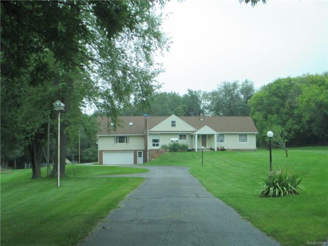 7303 E Holly Road, Groveland Twp, MI 48442 (#218091797) :: Duneske Real Estate Advisors