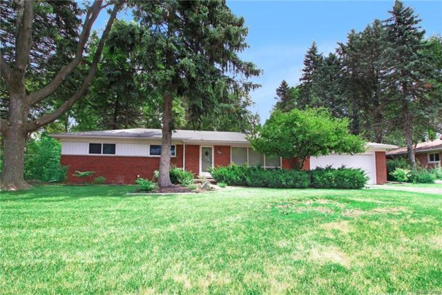 27832 Kendallwood Drive, Farmington Hills, MI 48334 (#218091818) :: RE/MAX Classic