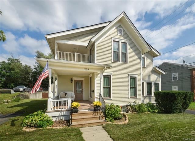 225 S Center Street, Northville, MI 48167 (#218092295) :: Duneske Real Estate Advisors