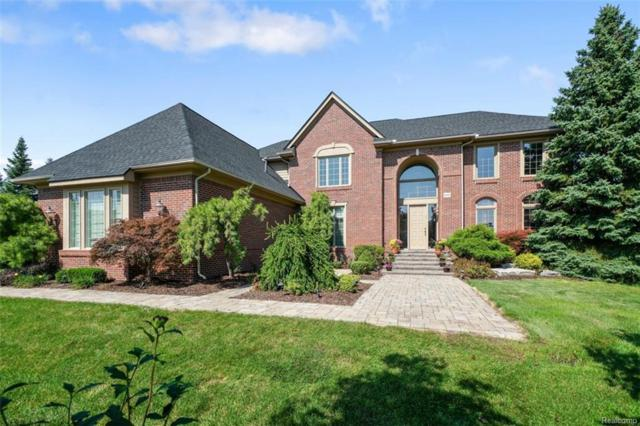 6686 Box Wood Court, West Bloomfield Twp, MI 48322 (MLS #218092459) :: The Toth Team