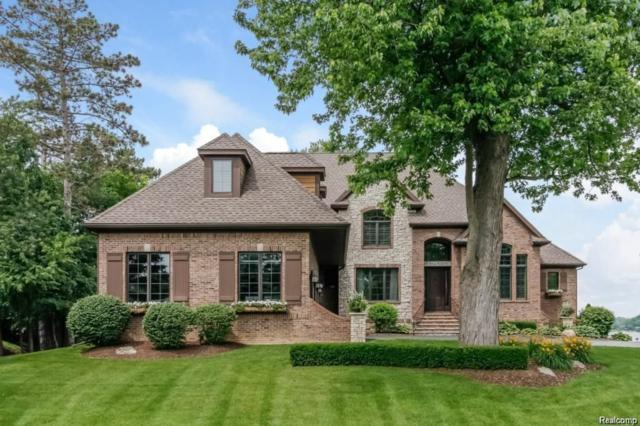 3476 Hilton Pointe Court, Brighton, MI 48114 (#218092703) :: The Buckley Jolley Real Estate Team