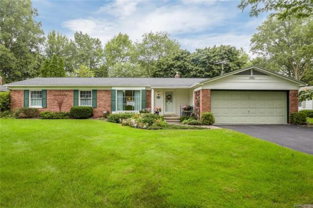1882 Fair Oak Drive, Rochester Hills, MI 48309 (#218092746) :: RE/MAX Nexus