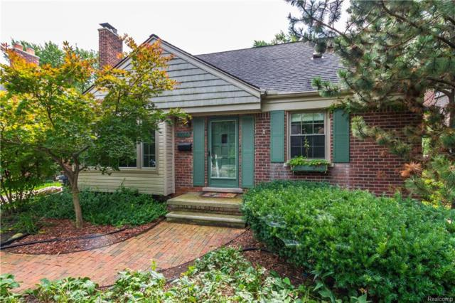 10855 Kingston Avenue, Huntington Woods, MI 48070 (#218092757) :: Duneske Real Estate Advisors