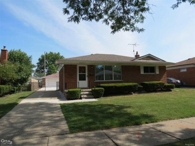 1577 Beverly Ave, Madison Heights, MI 48071 (MLS #58031360736) :: The Toth Team