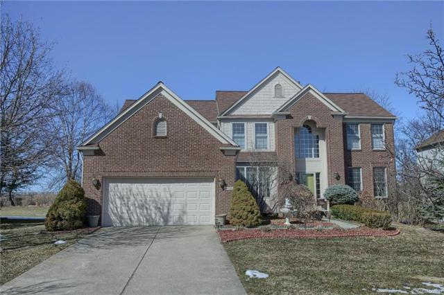 4658 Northridge Drive, West Bloomfield Twp, MI 48323 (#218093131) :: The Buckley Jolley Real Estate Team