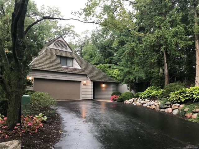 965 Bloomfield Woods, Bloomfield Hills, MI 48304 (#218094432) :: Duneske Real Estate Advisors