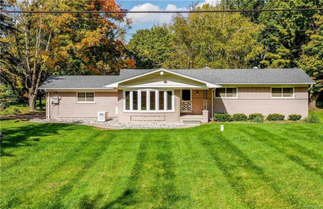 8160 Foster Road, Springfield Twp, MI 48346 (#218096927) :: The Buckley Jolley Real Estate Team