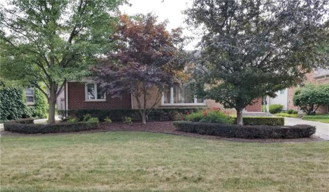 1155 Roslyn Road, Grosse Pointe Woods, MI 48236 (#218097495) :: RE/MAX Classic