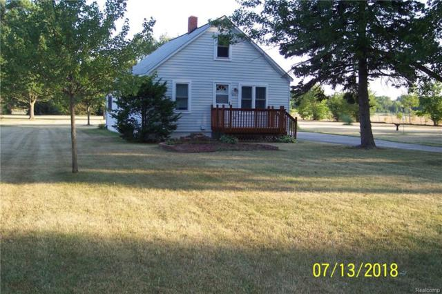 5521 Tubbs, Waterford Twp, MI 48327 (#218097994) :: RE/MAX Classic