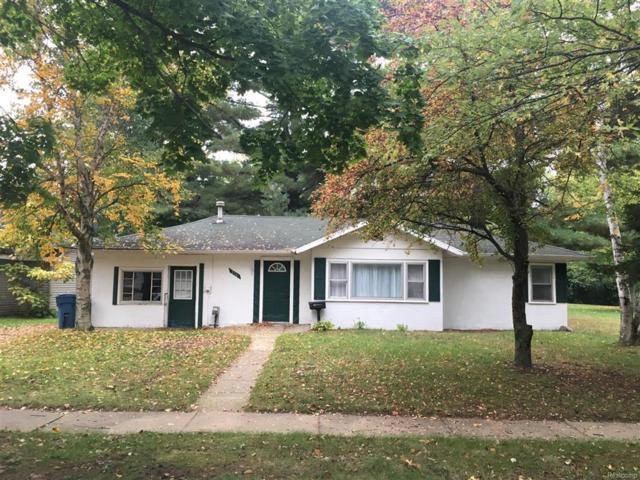 236 S Sheridan, Vassar, MI 48768 (#50100004356) :: The Buckley Jolley Real Estate Team