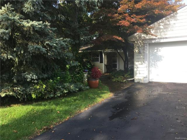 6970 Hatchery Road, Waterford Twp, MI 48327 (#218099026) :: RE/MAX Classic