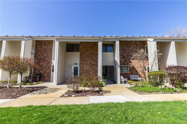 6156 Palomino Court, West Bloomfield Twp, MI 48322 (#218099537) :: RE/MAX Classic