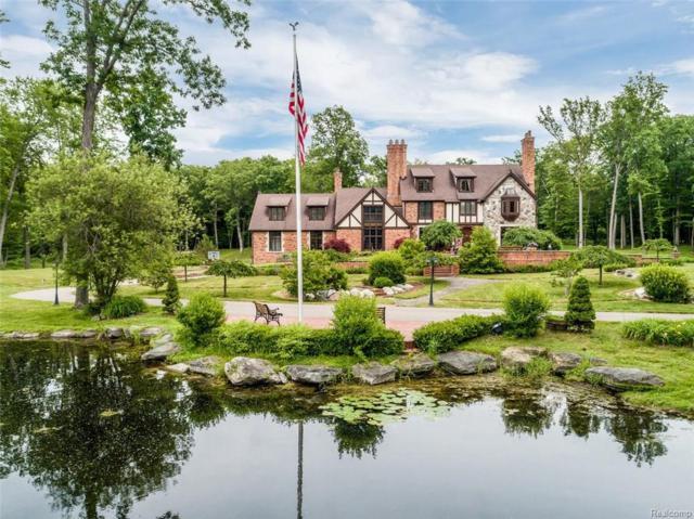 10200 Bridge Lake Road, Springfield Twp, MI 48348 (#218099852) :: The Buckley Jolley Real Estate Team