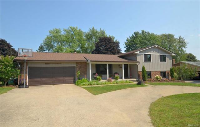 3316 Tiquewood Drive, Commerce Twp, MI 48382 (#218101458) :: RE/MAX Classic