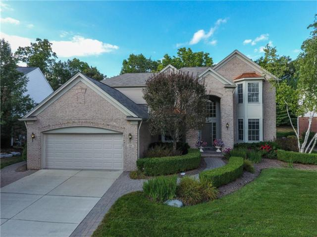 689 Windsong Drive, Rochester Hills, MI 48307 (#218101644) :: RE/MAX Classic