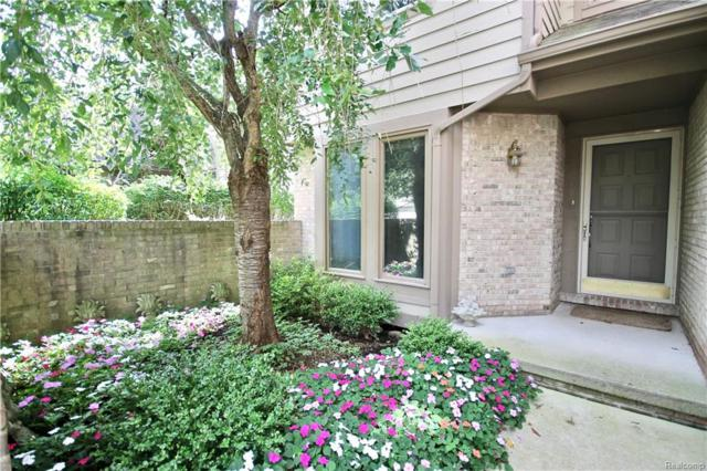 4813 Pelican Way, West Bloomfield Twp, MI 48323 (#218102736) :: RE/MAX Classic