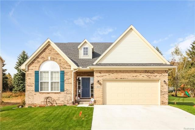 237 Crystal Wood Circle, Marion Twp, MI 48843 (#218102746) :: The Mulvihill Group