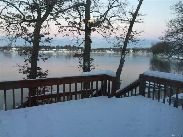 244 Westpointe Drive, Lake Orion Vlg, MI 48362 (#218103098) :: RE/MAX Classic