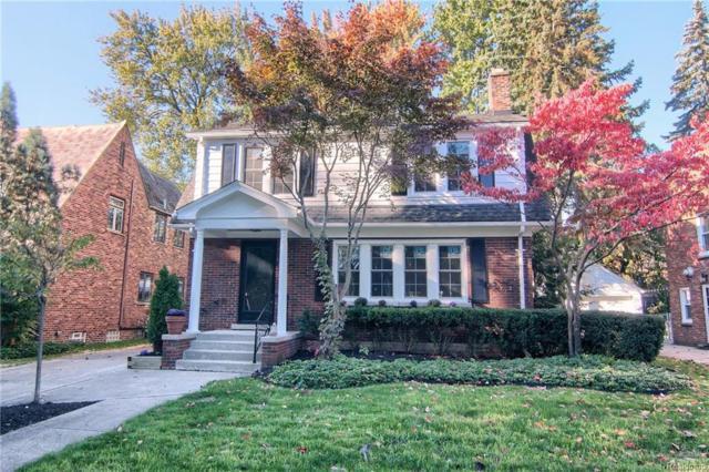 1363 Grayton Street, Grosse Pointe Park, MI 48230 (#218103227) :: Duneske Real Estate Advisors