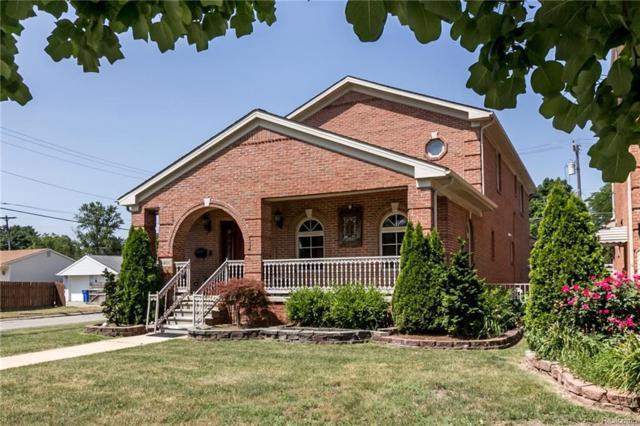 8401 Fenton, Dearborn Heights, MI 48127 (#218104461) :: Keller Williams West Bloomfield