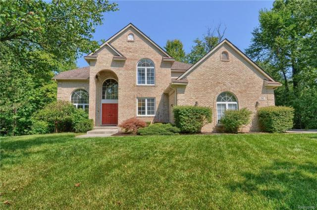 1985 Christopher Court, West Bloomfield Twp, MI 48324 (#218105967) :: RE/MAX Classic