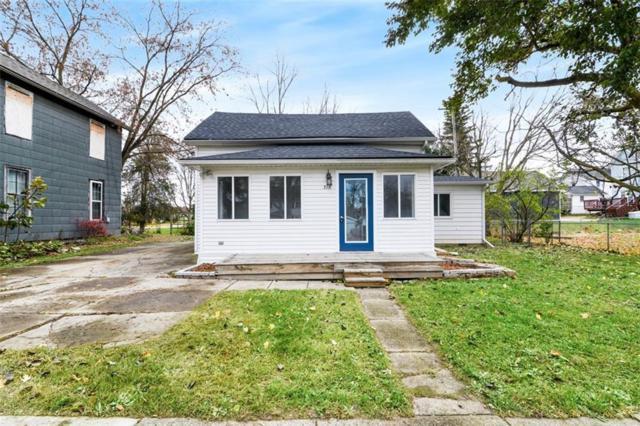 318 N 2nd Street, Fowlerville Vlg, MI 48836 (#218108256) :: The Buckley Jolley Real Estate Team