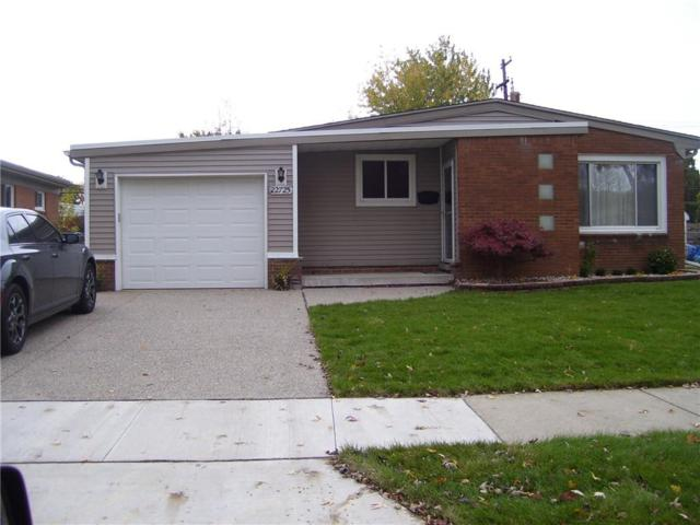 22725 Sunny Side, Saint Clair Shores, MI 48080 (#218109807) :: Duneske Real Estate Advisors