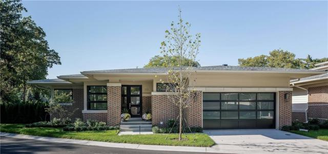 353 Moselle Place #1, Grosse Pointe Farms, MI 48236 (#218110444) :: The Buckley Jolley Real Estate Team