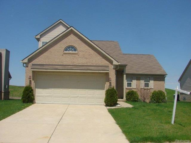 33186 Sand Piper Drive Drive, Romulus, MI 48174 (#218110654) :: Duneske Real Estate Advisors