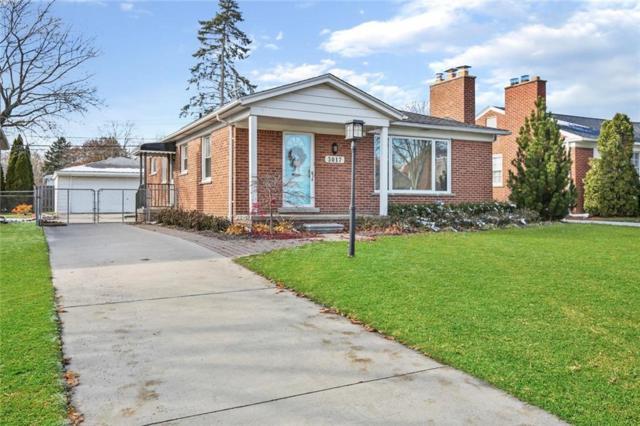 3017 Elmhurst Avenue, Royal Oak, MI 48073 (#218111685) :: The Alex Nugent Team   Real Estate One