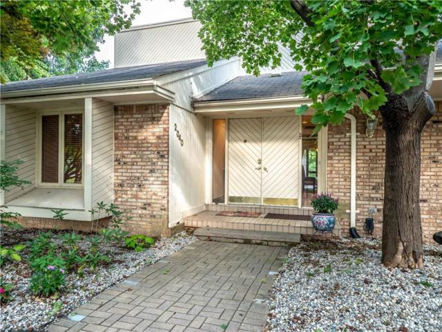 2040 Wabeek Hill Court, West Bloomfield Twp, MI 48302 (#218111897) :: The Alex Nugent Team   Real Estate One