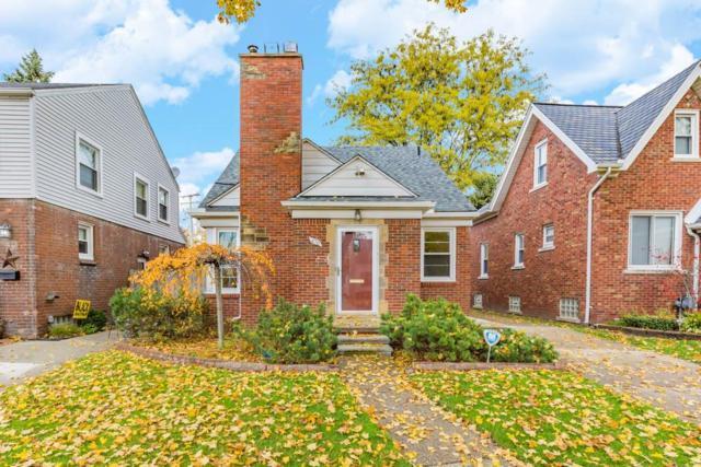476 Calvin Avenue, Grosse Pointe Farms, MI 48236 (#218113895) :: RE/MAX Classic