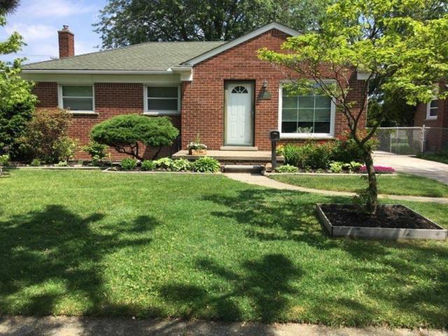 20007 Elizabeth Street, Saint Clair Shores, MI 48080 (#218114342) :: NERG Real Estate Experts