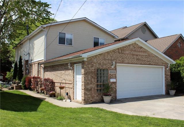 22434 Beach Street, Saint Clair Shores, MI 48081 (#218117582) :: NERG Real Estate Experts