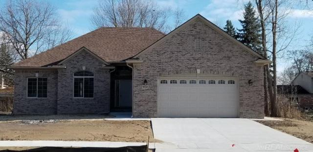 50248 Oakbrooke #10, Chesterfield Twp, MI 48047 (#58031367137) :: The Mulvihill Group