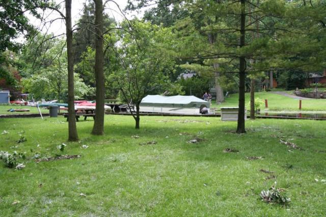 1750 Oldtown, West Bloomfield Twp, MI 48324 (#218117990) :: The Buckley Jolley Real Estate Team