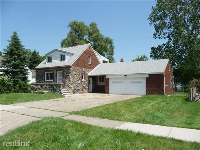 20754 Gentner Street, Warren, MI 48089 (#218118266) :: The Buckley Jolley Real Estate Team