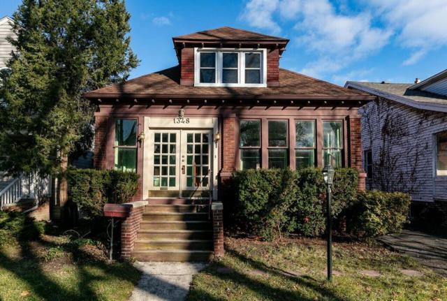 1348 Lakepointe Street, Grosse Pointe Park, MI 48230 (#218118279) :: The Buckley Jolley Real Estate Team