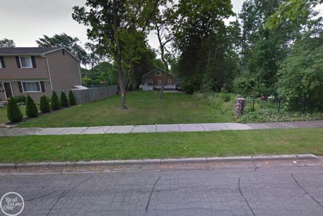 725 Cherry Ave, Royal Oak, MI 48073 (#58031368247) :: RE/MAX Nexus