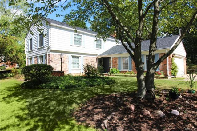 5847 Red Coat Lane, West Bloomfield Twp, MI 48322 (#219002529) :: RE/MAX Classic