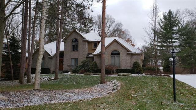 3935 Adell Court, Commerce Twp, MI 48382 (#219005639) :: The Buckley Jolley Real Estate Team