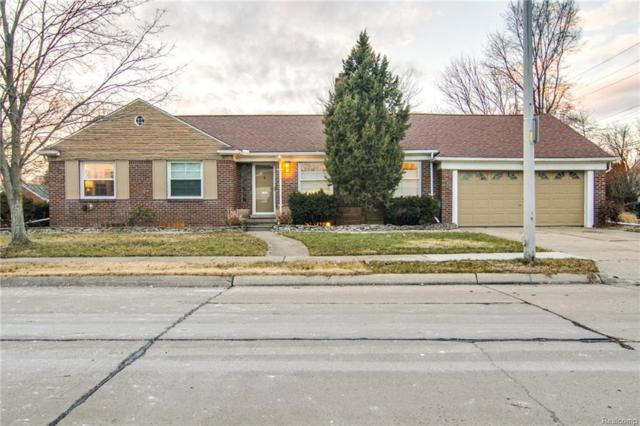 19935 E Emory Court, Grosse Pointe Woods, MI 48236 (#219005908) :: RE/MAX Classic