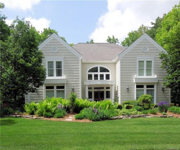6980 Lakemont Circle, West Bloomfield Twp, MI 48323 (#219006213) :: RE/MAX Classic