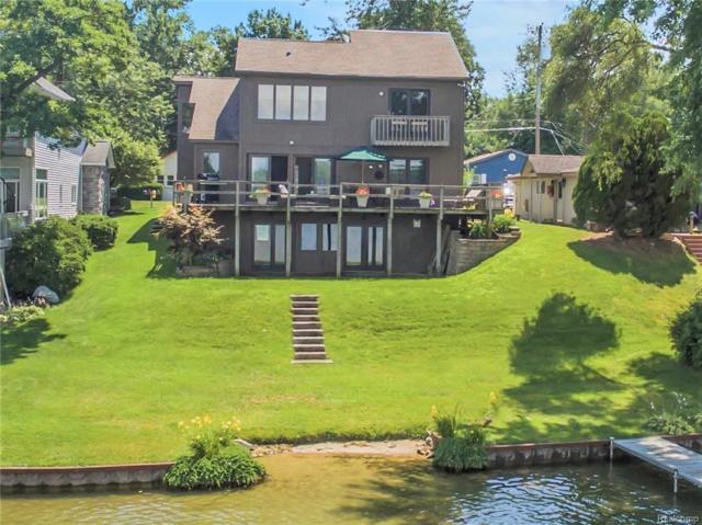 7760 Detroit Boulevard, West Bloomfield Twp, MI 48323 (#219006720) :: The Alex Nugent Team | Real Estate One