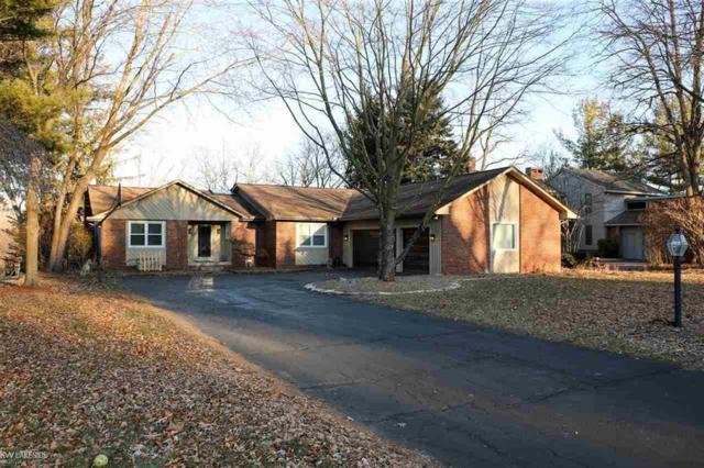 7088 Cedarbank Dr., West Bloomfield, MI 48324 (#58031369390) :: The Alex Nugent Team | Real Estate One