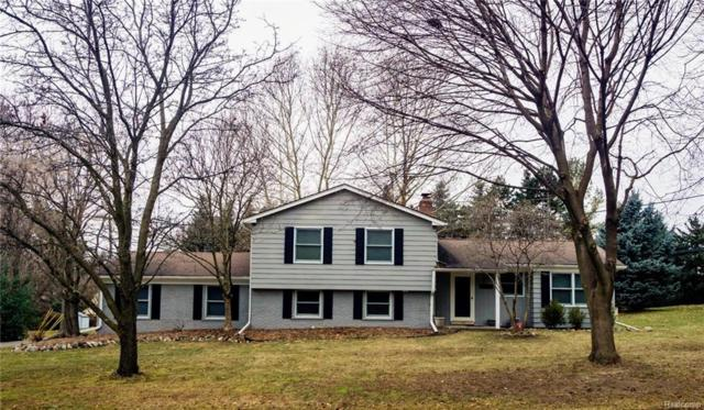 2752 Rhineberry Road, Rochester Hills, MI 48309 (#219012088) :: Alan Brown Group